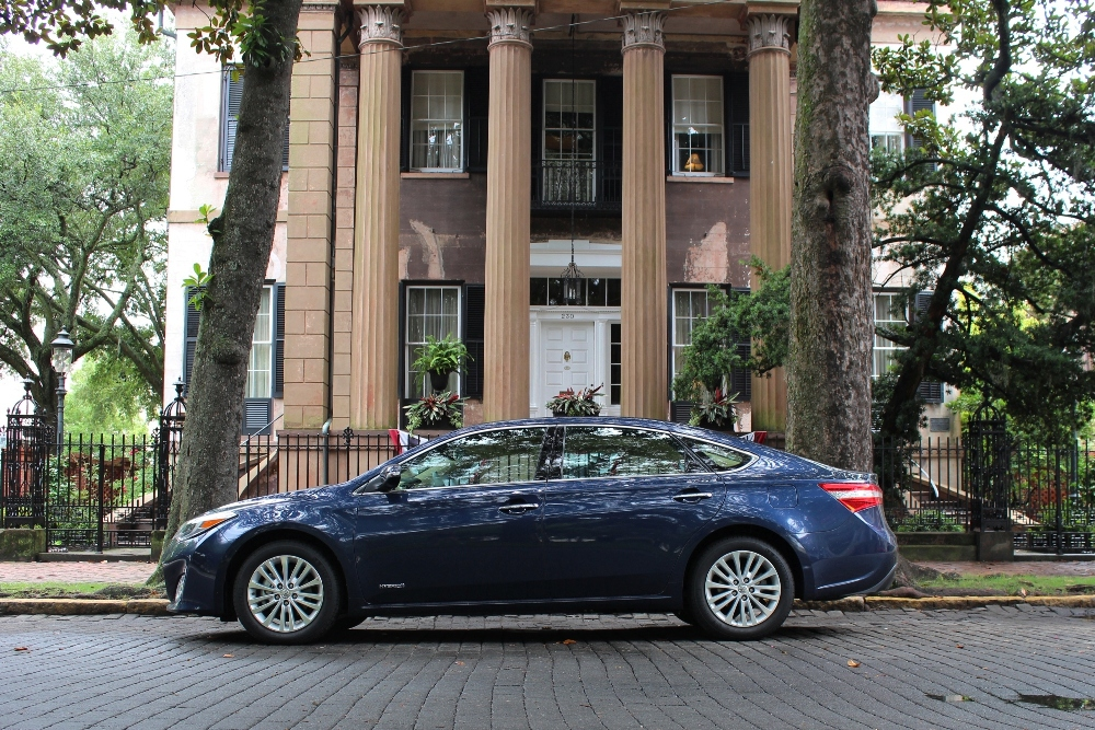 Traveling the Deep South in the 2015 Toyota Avalon Hybrid Limited | Let's Go Places | New Car Review by Sherri Tilley | Automotive Brands