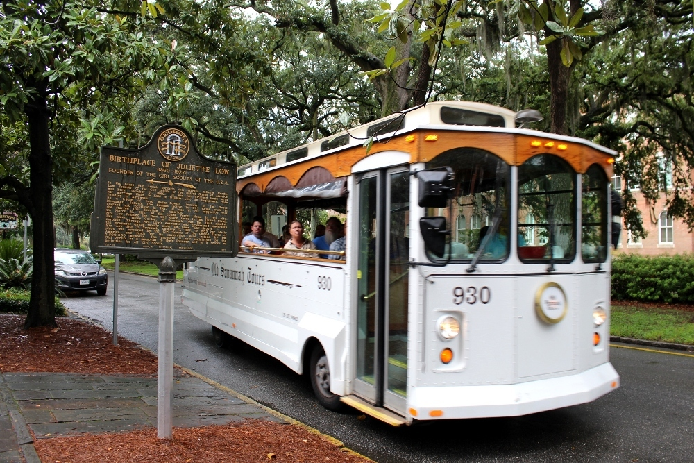 Savannah | Ladies' Tour of the Deep South | Part 6 of 10 | Best Ideas for Mother-Daughter Vacation and Girlfriends-Getaway Travel | Visit Savannah, Georgia, USA